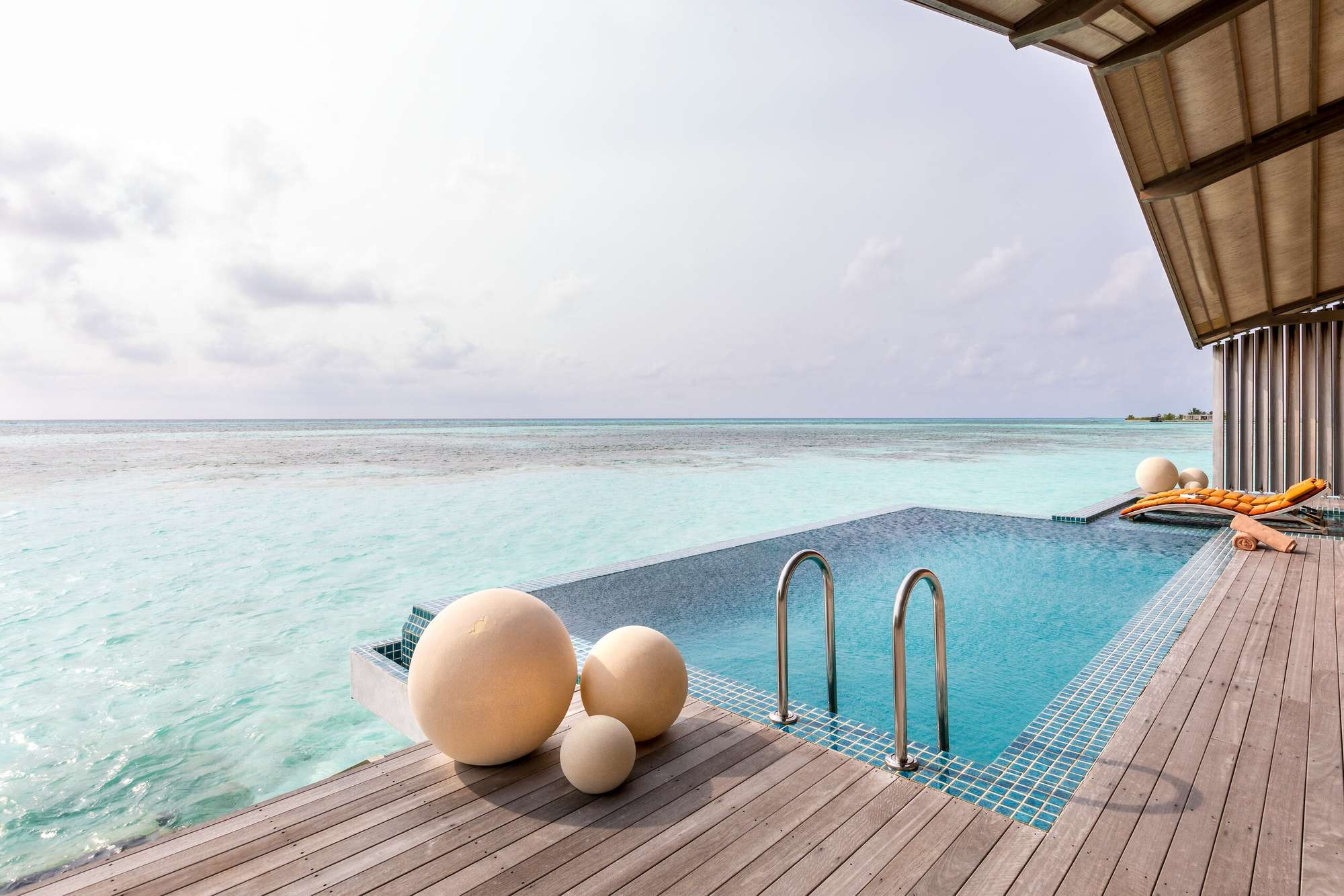 club-med-finolhu-villas-maldives